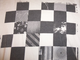"Van's ""Off the Wall"" Checkered-Pattern White Graphic Print T Shirt S - $15.45"