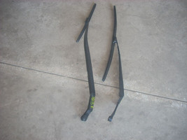 2010 NISSAN ALTIMA WINDSHIELD WIPER ARMS WITH BLADES