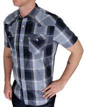 Levi's Men's Classic Button Up Plaid Geometric Shirt 3LYSW6062-CVR image 3