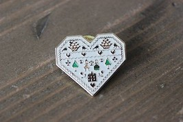 Vintage LF / BBP Friendship Heart Love Pin - $9.90