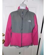 THE NORTH FACE Pink & Gray Denali Polartec Fleece Jacket Size M Women's EUC - $49.41