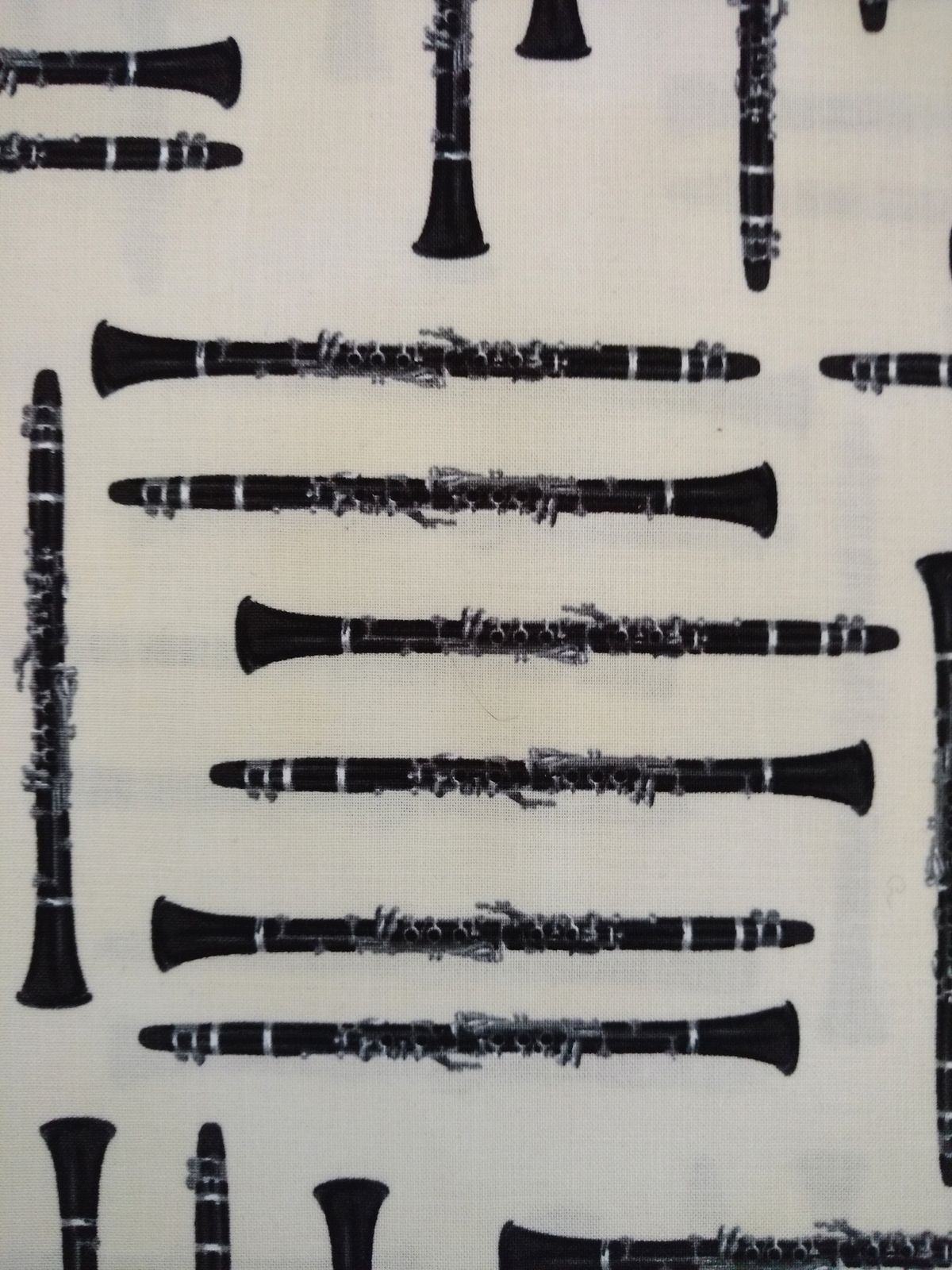 1/2 yd Music/clarinet woodwind instruments on ivory quilt fabric -free shipping