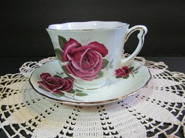 Vintage ROSINA Bone China Tea Cup & Saucer Red Roses Pattern England - $18.81