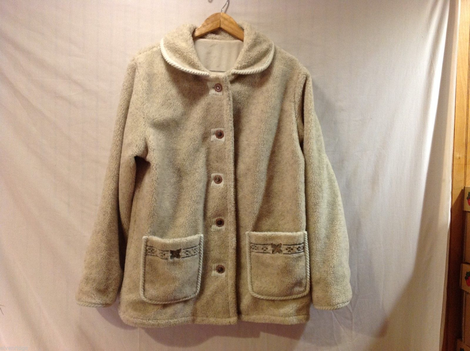 Womens Cream Colored Fleece Coat, see measurements for size