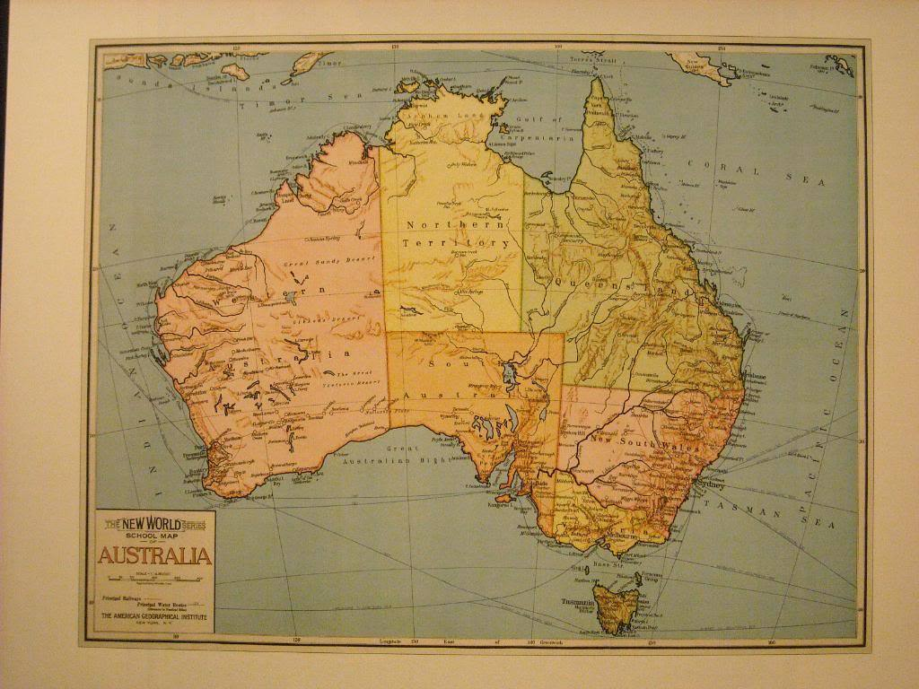 Vintage Map Color Reprint of Australia School Map