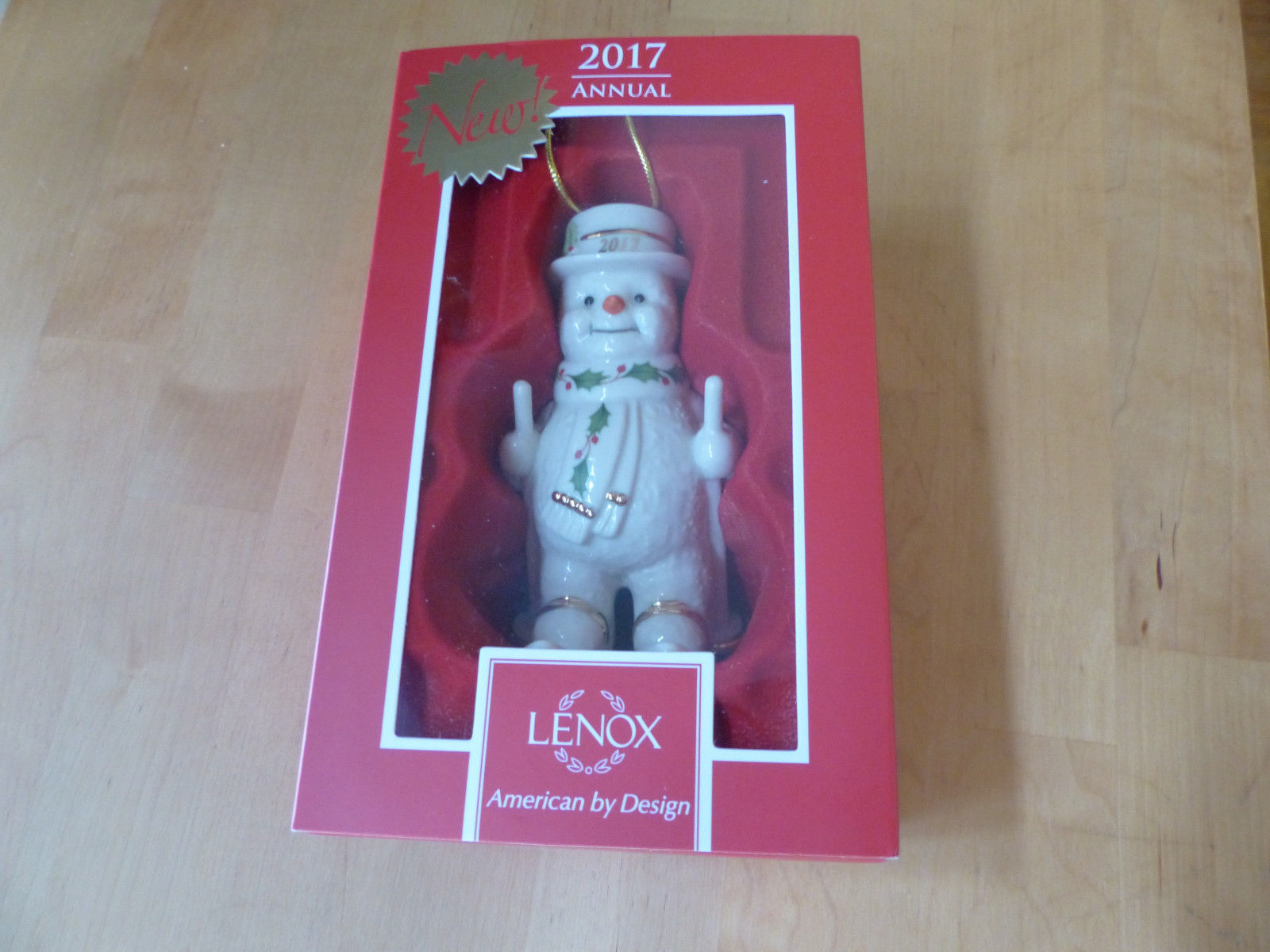 Lenox 2017 Snowman Figurine Ornament Annual Fresh Powder Happy Holly Skiing NEW