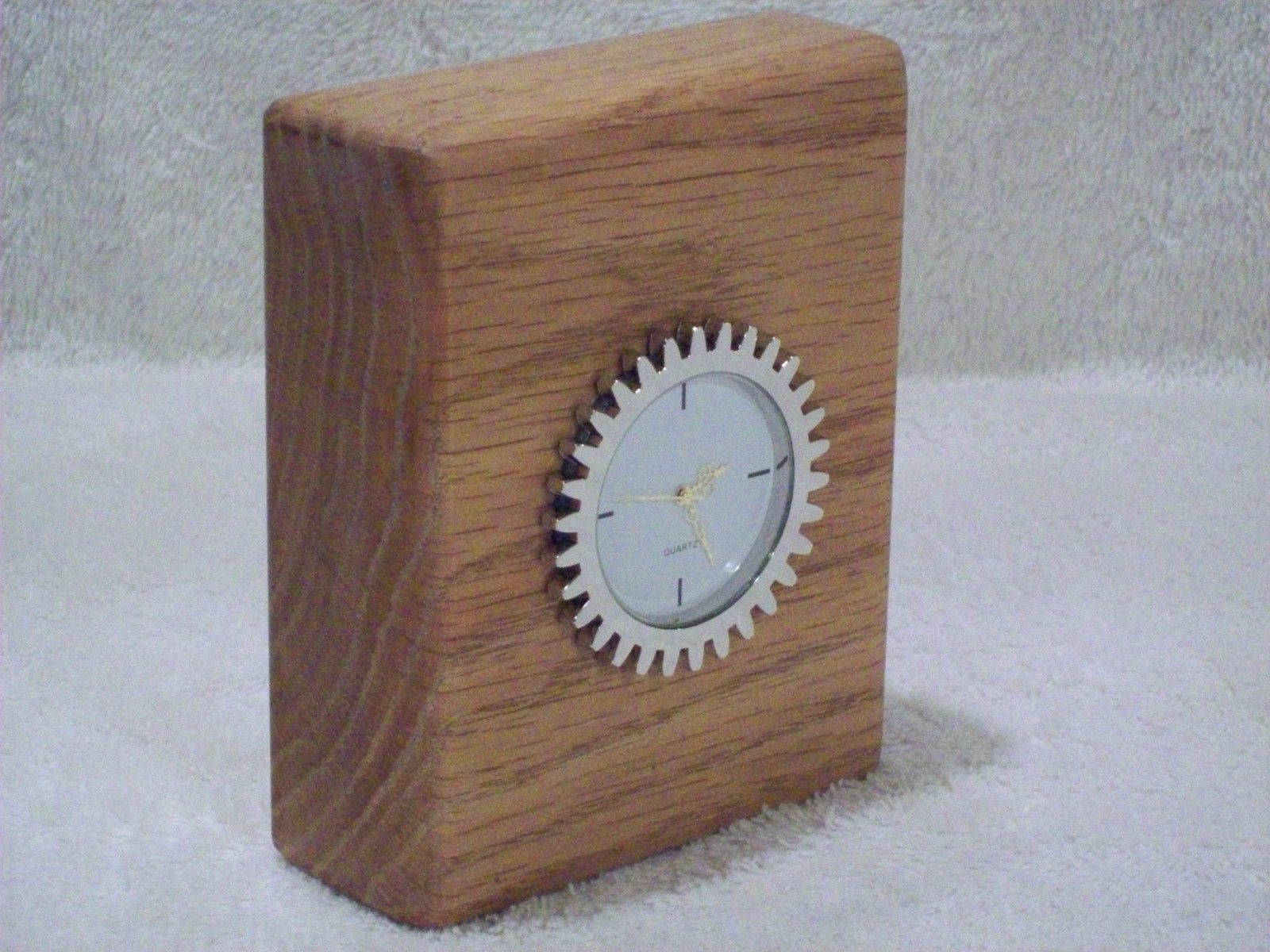Handmade Solid Oak Wood Desk Table Shelf Clock Metal Gear Insert 4 1/4