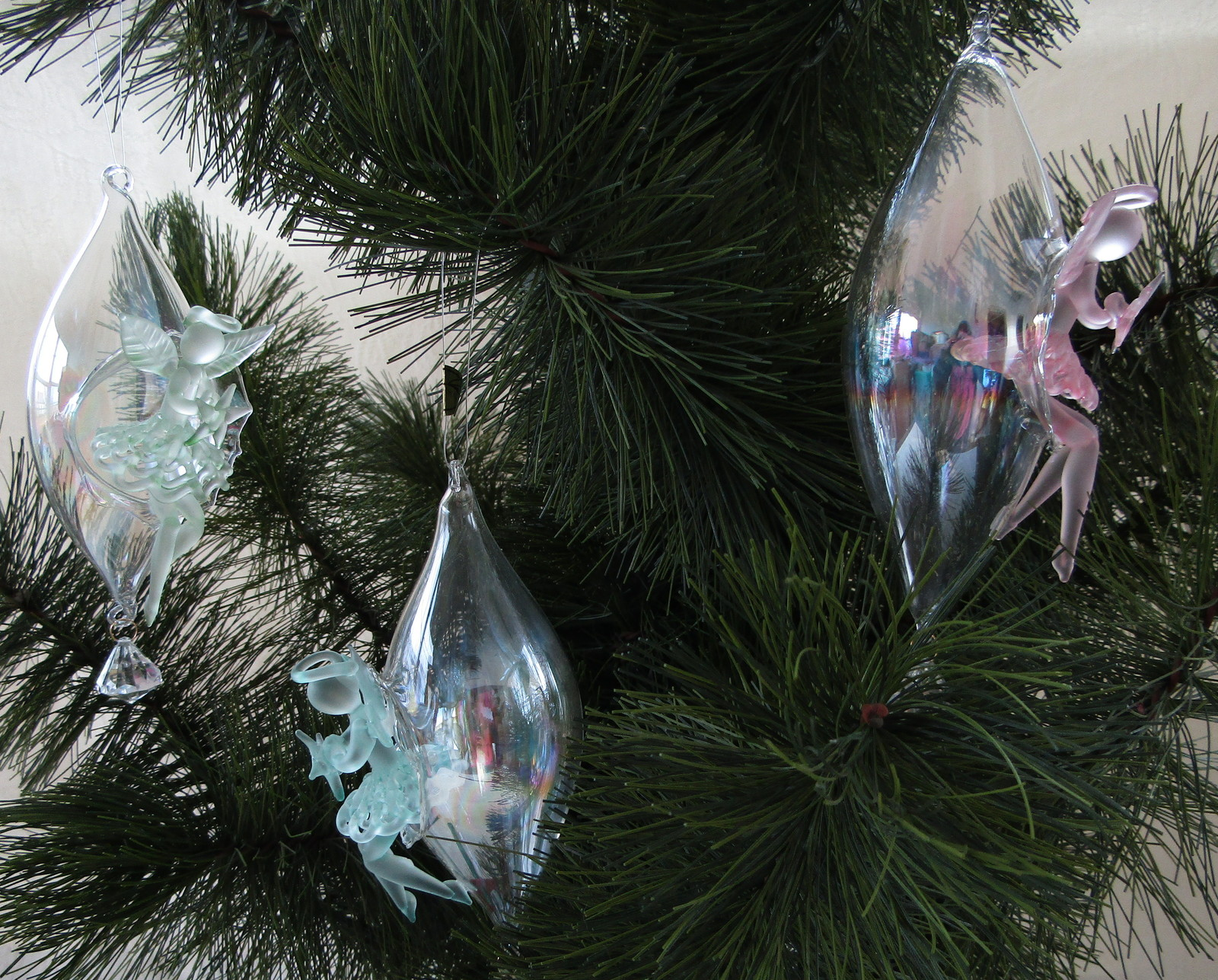Ornaments, Set of 3 Crystal Teardrops W/Angels, Delicate - Blue, Pink, Green