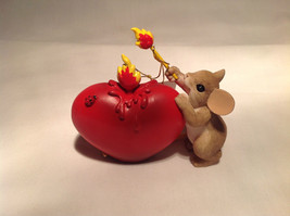 You've Lit a Fire in My Heart Charming Tails Figurine Mouse great Valentine