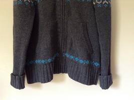 Aeropostale Gray Zip Up Long Sleeve Sweater White and Blue Design Size Medium image 4