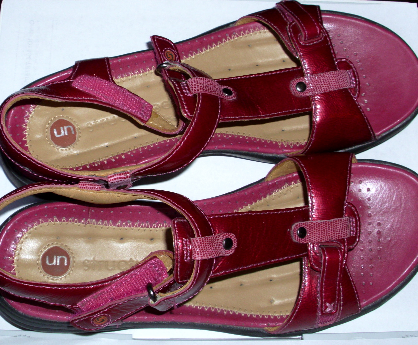 25e557589461 Clarks Structured Sandals and 12 similar items. Dsci0459