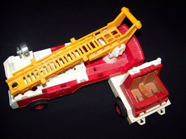 Fisher Price Husky Helper 1979 Hook & Ladder #319 toy Fire Truck - $19.99