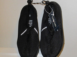 Water Shoes Unisex Childrens Size 11/12 New Bla... - $7.87