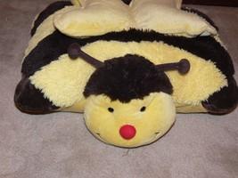 "PILLOW PETS Buzzing Bumble Bee Yellow & Black 18"" Stuffed Plush ek - $10.99"