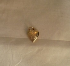 24k Gold Plated Small Star Heart Locket with flower design Lifetime  War... - $12.95