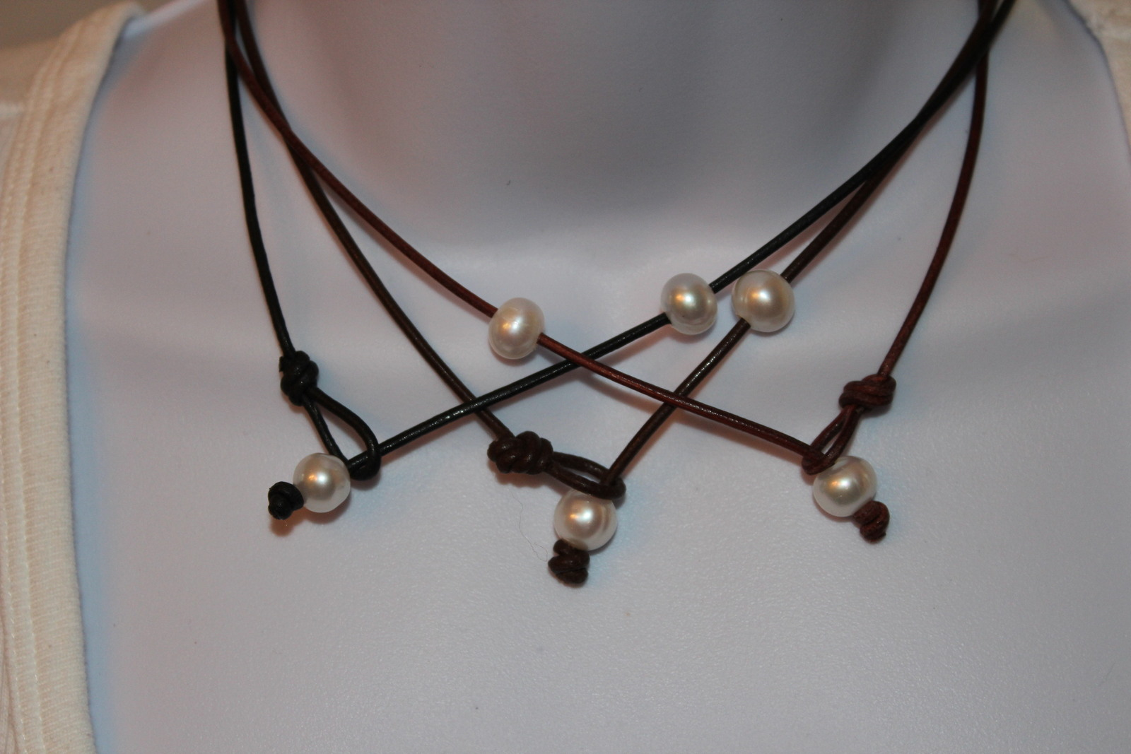 TRENDY Leather Cord Choker Necklace with HUGE Freshwater Pearl BOHO Beach Chic
