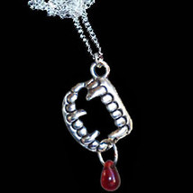 Gothic VAMPIRE FANG BANGER BLOOD DROP PENDANT NECKLACE-True Rave Costume... - $8.09
