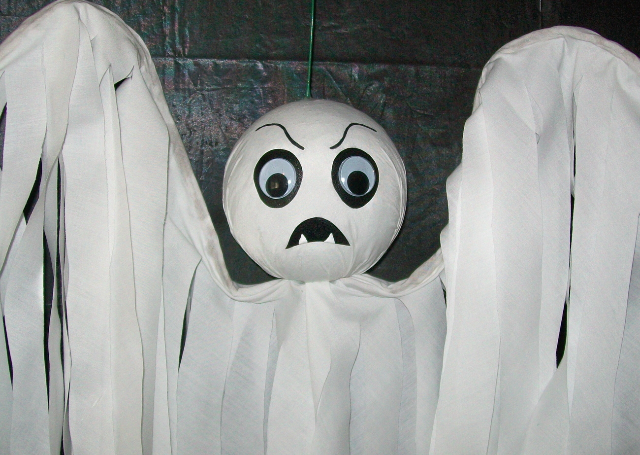 Halloween Hanging GHOST FLYER - FANGER