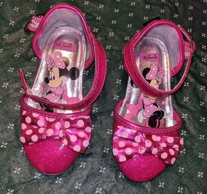 Toddler Girls Size 7 Red Minnie Mouse Sandals NWT