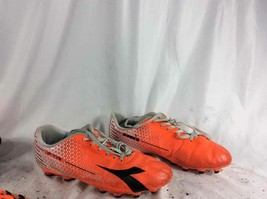 Anta 10.0 Size Soccer Cleats - $24.99