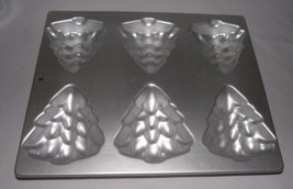 Wilton Christmas Tree Mold Cake Pan Metal Cupcake Pine Baking 1984 2105 ... - $24.74