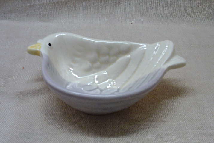 Two Vintage Kotobuki Porcelain Bird Trinket Dishes // Ring Dishes // Tiny Bowls