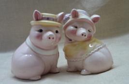Vintage Pigs in Hats Salt & Pepper Shakers //Pink Pigs // Novelty S&P Shaker Set - $5.99