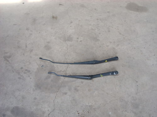 1785 rt and lt wiper arms