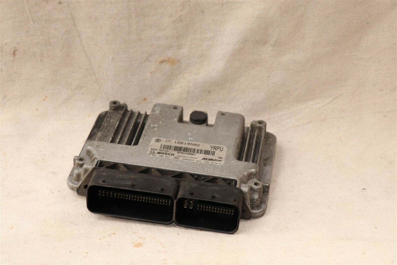 GM Cadillac Suzuki 3.6L Engine Control Module PCM ECU ECM 12619582, 0261209211