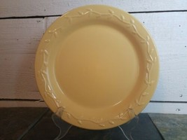 """Country Garden Dinner Plate HOME & GARDEN PARTY Yellow Ivy Embossed 10.5"""" - $12.86"""