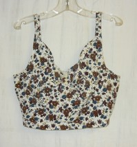 Floral On White Jersey Knit Top M - $10.00