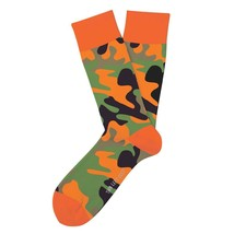 CAMO On The Hunt Fun Novelty Socks Two Left Feet Med/Large Dress SOX Casual - $10.49