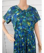 1950s Print Dress Vintage 50s Blue Green Neck B... - $39.99
