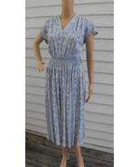 Paisley Print Dress White Blue Vintage 60s Smocked S - $34.00