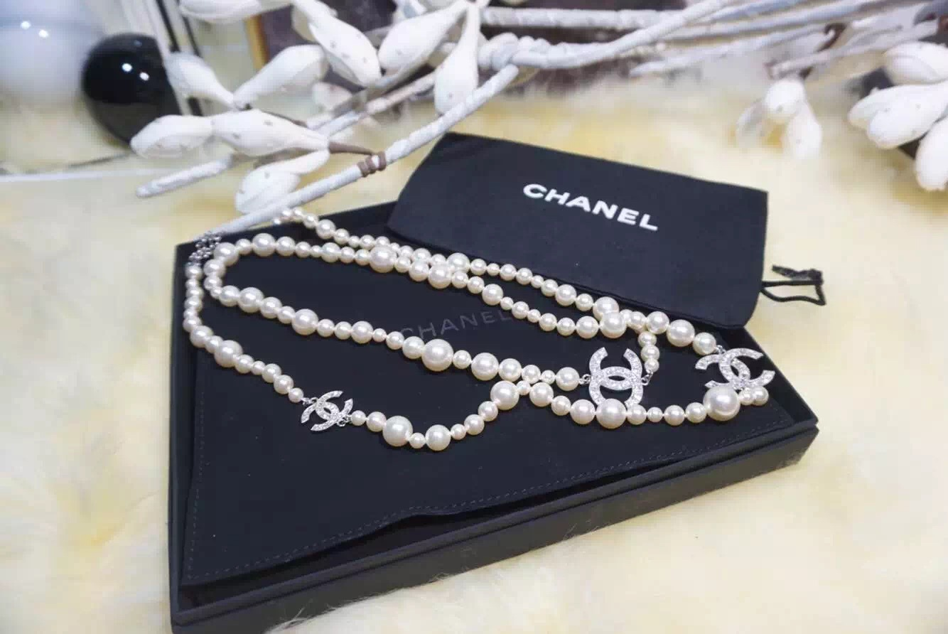 AUTHENTIC Chanel Classic 3 Crystal Silver CC Pearl Long Necklace RARE