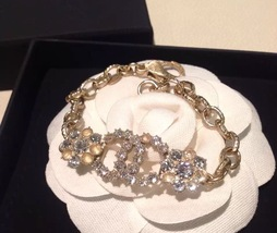 Authentic CHANEL Cluster Crystal CC Gold Chain Bracelet RARE NEW
