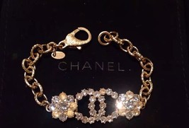 Authentic CHANEL Cluster Crystal CC Gold Chain Bracelet RARE NEW image 2