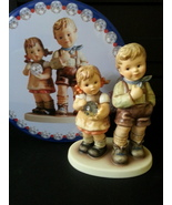 """Hummel """"She caught it"""" #2482- Limited Edition No Crazing Mint with Tint box - $159.00"""