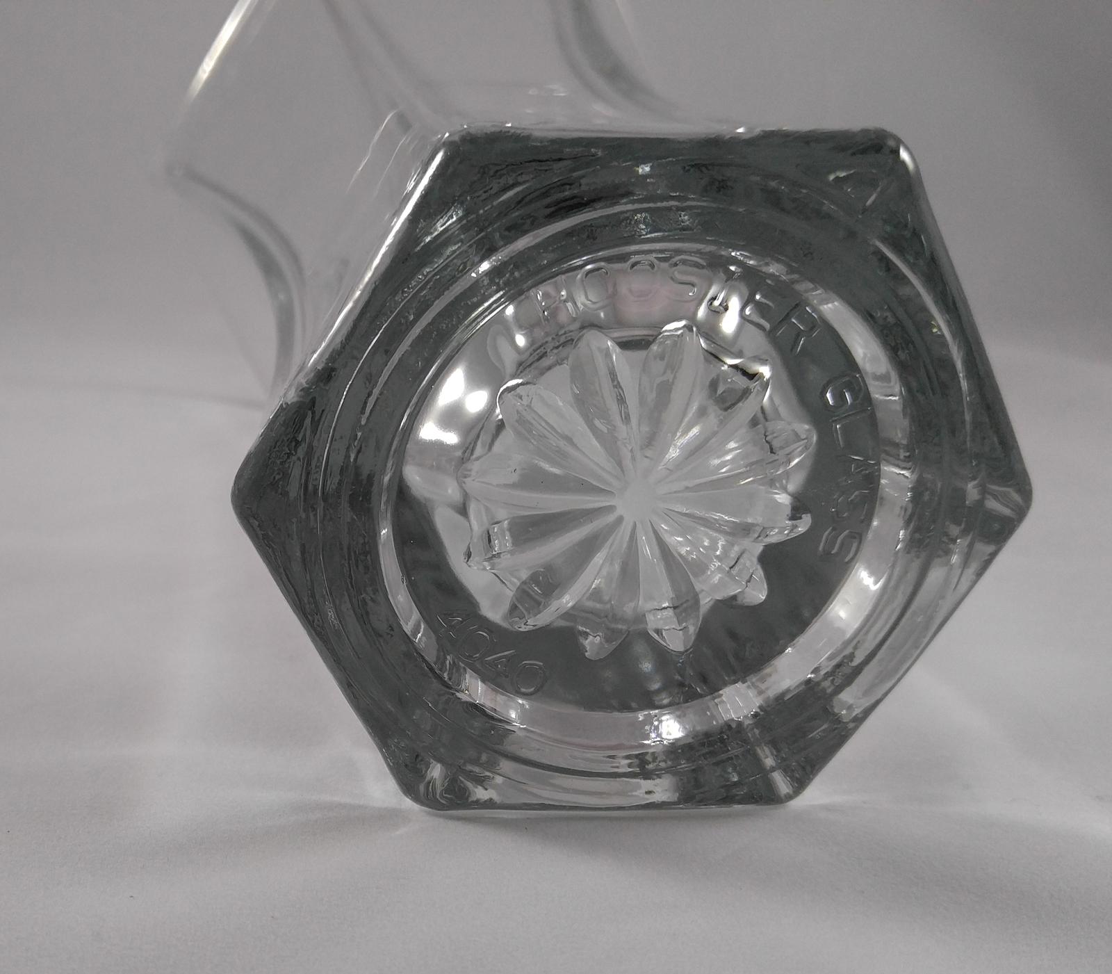 Vintage Indiana Hoosier Glass #4040 Hexagon shaped/Diamond Based Vase