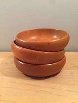 Set of 3 Vintage 50s Munising maple salad bowls