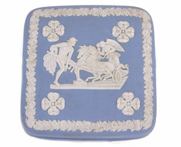 Wedgwood Blue Jasperware Square Ulysses Classical Chariot Race Trinket Box B12 image 2