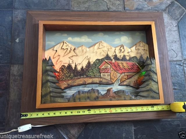 VINTAGE BLACK FOREST PICTURE BUILT LIKE CUCKOO CLOCK WORKING LIGHT GERMAN HOME