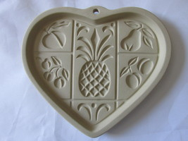 Pampered Chef Hospitality Heart Stoneware Cookie Mold, Unused - 2001 - $9.99