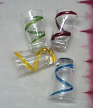 Vintage Vintage Hand blown Art Glass Swirled Tall Shot Glasses - €12,88 EUR
