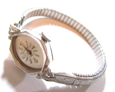 VINTAGE WESTCLOX 17 JEWELS WOMEN`S STAINLESS STEEL WRISTWATCH WATCH*DIAMOND*S941