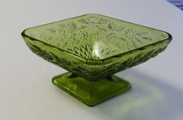 Pineapple and Floral Diamond Shaped Compote Green Avocado Indiana Glass ... - $12.86