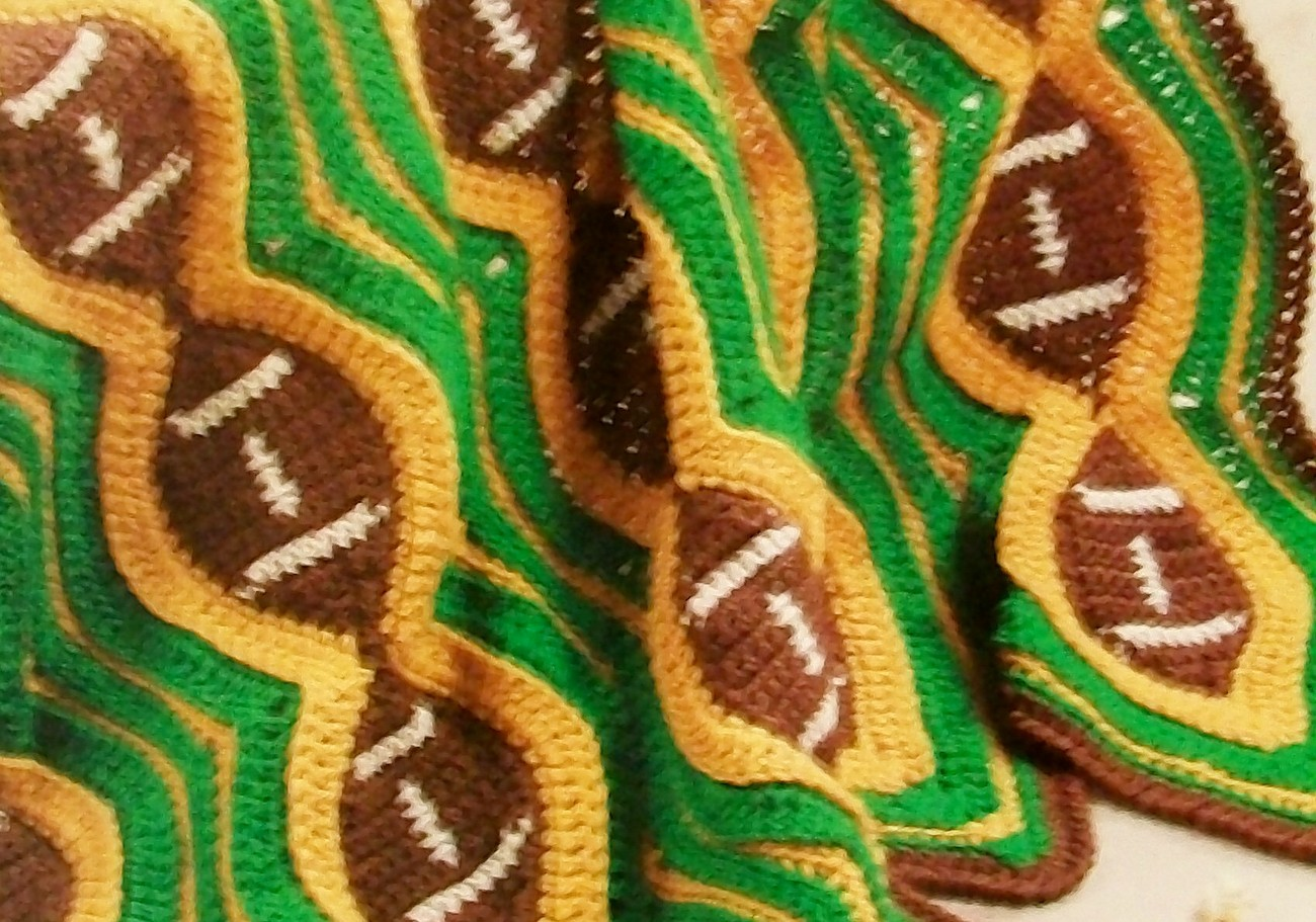 Football Afghan Lapghan Throw Stadium Blanket, warm at the game, Crochet Pattern