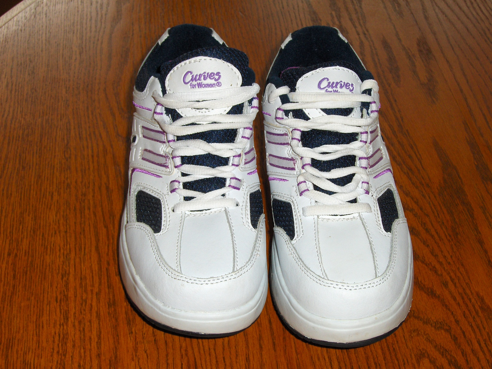 Avon Curves Leg Toning Shoes Exercise Walking Jogging 8 New Purple and White