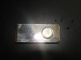 Mother Of Pearl Round Spot On A Gold Toned Mens Pocket Moneyclip - $14.25