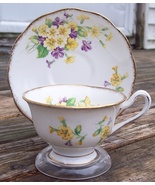 Royal Albert Primroses Tea Cup & Saucer Set Excellent Condition - $18.50